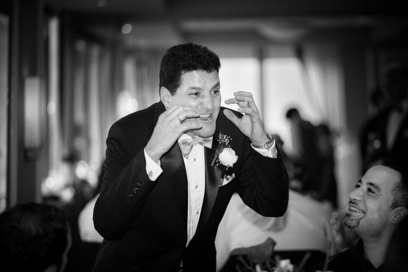 groom in action